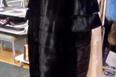 Шуба из черной норки поперечная размер ХXXL